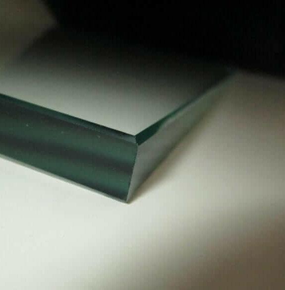 Jernfattigt glas – floatglas